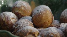 Munker eller æbleskiver Baked Potato, Muffin, Eggs, Bread, Snacks, Cookies, Baking, Breakfast, Ethnic Recipes