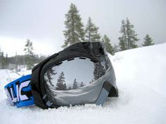 Gift of the Day: We're giving away Apex snow goggles- enter now to win!  #GiftOfTravel