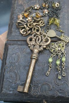 Her jewelry is stunning! Gorgeous Key and Heart Pendant Key to My Heart Key Jewelry, Jewelry Ideas, Victorian Steampunk, Gothic, Found Object Jewelry, Antique Keys, Metal Clay Jewelry, Recycled Jewelry, Unusual Jewelry