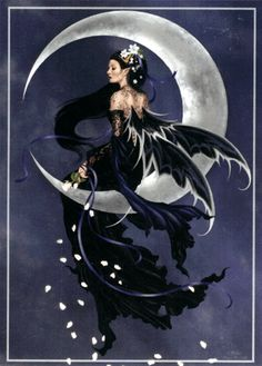 Photo of dark fairy for fans of Gothic.