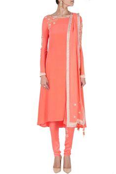 Peach pink embroidered kurta set BY MADSAM TINZIN.