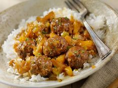 Classic Sweet and Sour Pineapple Meatballs - Canadian Beef Pineapple Curry, Roasted Pineapple, Pineapple Recipes, Meatballs And Rice, Sweet And Sour Meatballs, How To Cook Meatballs, Cooking Basmati Rice, Cooking Rice, Rice In The Oven