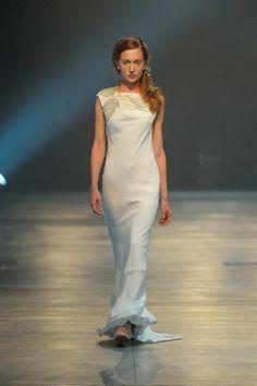 The David Fielden 2014 Collection ~ Innovative, Cutting Edge Bridal Fashion http://pinterest.com/nfordzho/dream-wedding/