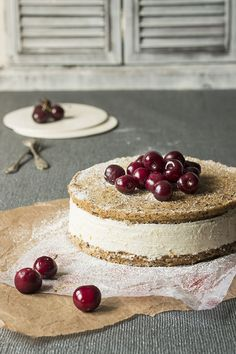 Hazelnut and orange ricotta cake Sweet Recipes, Cake Recipes, Dessert Recipes, Köstliche Desserts, Delicious Desserts, Fig Cake, Ricotta Cake, Eat Dessert First, Let Them Eat Cake