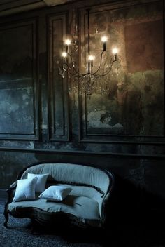 .Settee with chandelier