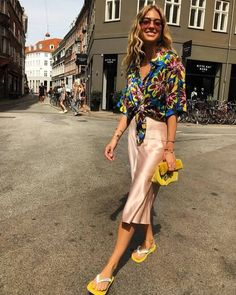 Summer fashion trends to try in 2018 - Slip Skirts Summer Fashion For Teens, Summer Fashion Trends, Summer Fashion Outfits, Spring Summer Fashion, Girl Outfits, Fashion Weeks, Estilo Street, Style Casual, Street Style
