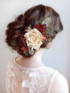 matrimonio parte dei capelli, capelli rosso Borgogna accessorio, parrucchino, fermaglio per capelli rosso, pettine nuziale, matrimonio rustico, fiore rosso scuro