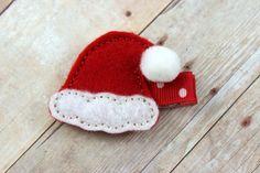 Christmas hair clip - Felt hair clip - santa hat hair clip - holiday clippie on Etsy, $3.97 CAD