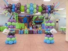 Balloon Columns, Balloon Arch, Balloon Frame, Baby Shower Balloons, Baby Shower Themes, Monsters Inc Baby Shower, Balloons Galore, Monster Inc Birthday, Office Birthday