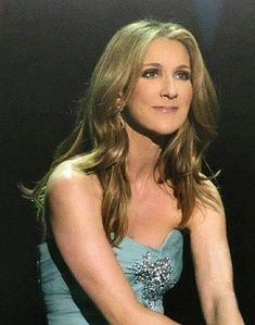 Celine Dion Live, Iconic Women, Korean Music, Forever Love, Belle Photo, Role Models, Madonna, Love Her, Beautiful Women