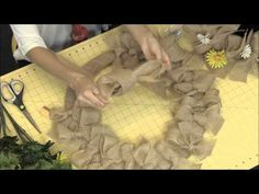 How to Make a Burlap Wreath. This burlap wreath adds just the right amount of rustic and chic to your doorway. Learn how to make this burlap wreath by watching our video. Jessica from Paper Mart shows you the easy steps in making this darling DIY burlap Burlap Bubble Wreath, Easy Burlap Wreath, Diy Wreath, Wreath Crafts, Wreath Bows, Tulle Wreath, Burlap Flower Tutorial, Mesh Wreath Tutorial, Rose Tutorial