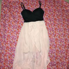 Blush Pink Classy Dress this dress is a high-low, with a tight opaque layer underneath the flowy sheer layer, very cute bustier-style top half, with a cheeky slit to show a little cleavage.. fits between an XS & a small. worn once! Material Girl Dresses High Low