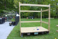 Lav dit eget shelter på hjul - Bettina Holst Blog Backyard For Kids, Picnic Table, Play Houses, Shelter, Diy And Crafts, Projects To Try, Garden, Blog, Outdoor
