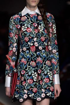 VALENTINO FALL 2013 READY-TO-WEAR DETAIL