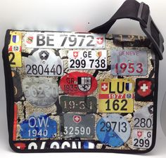 Umhängetasche Nummernschild | The licence from the different canton are very special. This funny bag is portable. A good gife for a friend or a family membre.