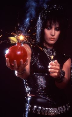 Joan Jett - Cherry Bomb!