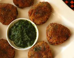 Potato Spinach Cutlet A great starter or a tea time snack. See the recipe at http://www.awesomecuisine.com/recipes/4758/spinach-and-potato-cutlet.html #starter #teatime #eveningsnacks #cutlet #spinach #potato #recipe
