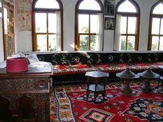 Sandžak livingroom in old times with cilim