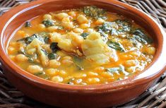 Spanish Kitchen, Spanish Cuisine, Spanish Food, Magic Recipe, Fish Recipes, Cheeseburger Chowder, Food To Make, Curry, Soup