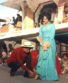 Dev Anand and Waheeda Rehman filming for Guide (1965)