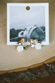 sparkly earrings | Emily Weis #wedding