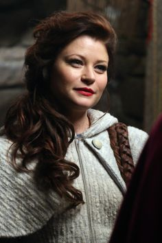 'Once Upon a Time': Emilie de Ravin Exit Interview Emilie De Ravin, Once Upon A Time, Belle French, Abc Tv Shows, Robert Carlyle, Outlaw Queen, Jennifer Morrison, Captain Swan, Time Photo