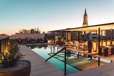 Rooftop pool with views of Palma Old Town