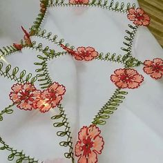 Needle Lace, Tatting, Elsa, Embroidery, Flowers, Crafts, Hairstyle Man, Hand Embroidery, Fragrance
