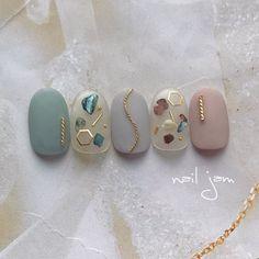 ...Asami...ネイルジャムさんはInstagramを利用しています:「✴︎ ✴︎ @pregelofficial グレイッシュシリーズ 302・305・306 ✴︎ ✴︎ 春もくすみカラー人気です、、♡ ✴︎ ✴︎ ✴︎ 誰でも購入できる♡ジェル・パーツショップはこちらです👉@joyartofficial ✴︎…」 Nude Nails, Black Nails, White Nails, Short Nail Designs, Nail Art Designs, Black And White Nail Designs, Korean Nails, Jelly Nails, Japanese Nail Art