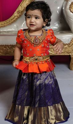 Jewerly Desing Trends Style Ideas Source by Blouses Girls Frock Design, Kids Frocks Design, Baby Frocks Designs, Baby Dress Design, Kids Lehanga Design, Frocks For Girls, Dresses Kids Girl, Girl Outfits, Baby Dresses