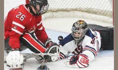 Le Cpl Dominic Larocque (à gauche) fera partie de l'équipe canadienne de hockey sur luge qui participera aux Jeux paralympiques de 2014 à Sotchi, en Russie.