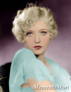 Portrait of Marion Davies, Old Hollywood Glamour, Vintage Glamour, Vintage Hollywood, Hollywood Stars, Vintage Beauty, Classic Hollywood, Vintage Style, Vintage Curls, Hollywood Hair