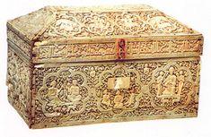 **Arqueta del Monasterio de Leyre (1004-1005, Museo de Navarra, Pamplona). Arte hispanomusulman. Marfil.