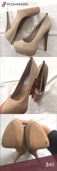 Steve Madden nude heels Nude Steve Madden heels in suede! This is a gorgeous shoe with a wooden heel detail. Bottom soles show minimum wear and side of shoe show very minimum wear as well. Size 7 with approx. 5 inches! Steve Madden Shoes Heels
