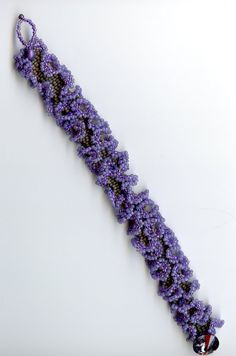 Robojangles Bead Art Beading Projects, Beading Tutorials, Beading Ideas, Beaded Purses, Beaded Jewelry, Jewellery, Seed Bead Bracelets, Seed Beads, Ruffle Beading