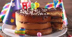 Recette de Gâteau d'anniversaire à étage allégé au chocolat. Facile et rapide à réaliser, goûteuse et diététique.
