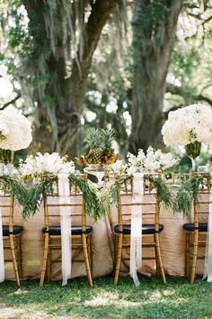 pineapple table decor | GK Photography