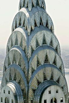 Ahora puedes comprar el Edificio Chrysler de Nueva York por menos de lo que pagó su actual dueño Chrysler Building, Arquitectura Wallpaper, Art Nouveau, Art Deco Buildings, Unique Architecture, Art Deco Design, Beautiful Buildings, Art Deco Fashion, Fun Facts
