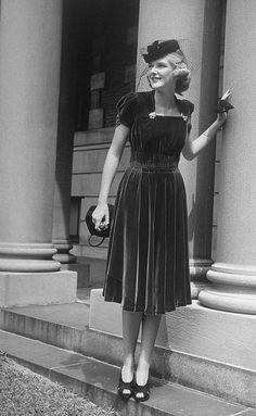 I want this dress! C.1940s black velvet cocktail length dress hat shoes full skirt square neckline 40s photo print ad