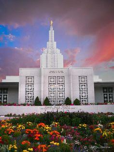 Idaho Falls Temple   Home / Idaho Falls Temple