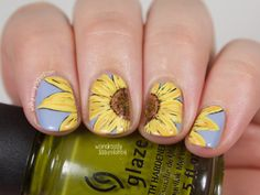 The Digital Dozen does Texture - Day 3: Sunflower Nail Art