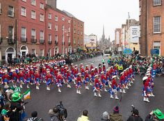 KILGORE COLLEGE RANGERETTES AT THE ST. PATRICKS'S DAY PARADE [2015] REF-102251 [The Streets Of Ireland]