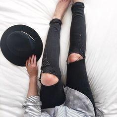 Shirt, Jeans & Fedora. || @CHPTR10 Watches // Minimal x Modern x Affordable