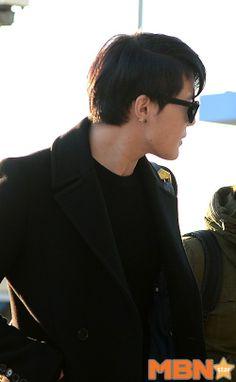 Xia Incheon Airport leaving for Guangzhou 131120 IAG Roadshow