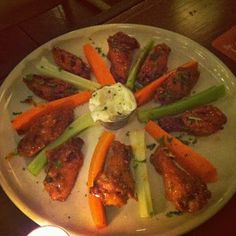 Buffalo Wings at The Motel Bar in River North, Chicago