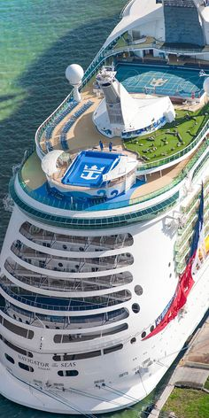 Explore the Magnificent World through Luxury Cruise – Travel By Cruise Ship Best Cruise Ships, Cruise Boat, Cruise Travel, Cruise Vacation, Royal Caribbean Ships, Royal Caribbean Cruise, Crucero Royal Caribbean, Baltic Sea Cruise, Navigator Of The Seas