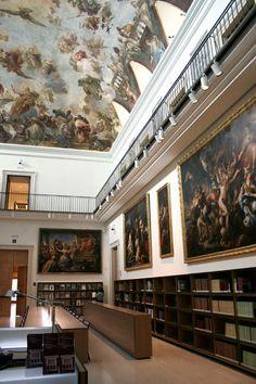 Biblioteca del Casón del Buen Retiro. Museo del Prado; las pinturas del techo son de Luca Giordano, siglo XVII.