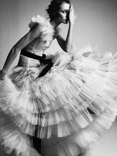 gown. high fashion. fashion high