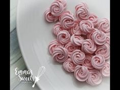 Royal Icing Rose Swirls by Emma's Sweets | Cookie Connection