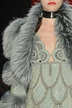Jean Paul Gaultier, Fall 2012 Couture love this so much Fur Fashion, Couture Fashion, Love Fashion, High Fashion, Womens Fashion, Fashion Basics, Couture Details, Fashion Details, Fashion Design
